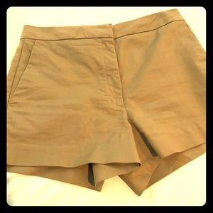 Aritzia Wilfred tan shorts
